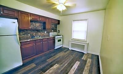 Kitchen, 473 Washington Ave 2, 1