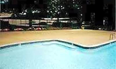 Pool, Metro Tower, 2