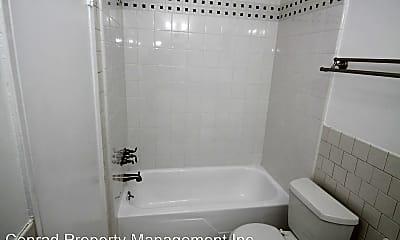 Bathroom, 123 N Maple St, 2