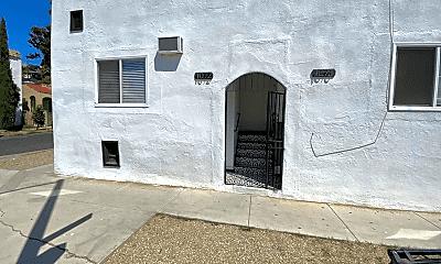 Building, 1072 Stone St, 0