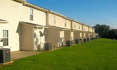 Building, 95 Wolf Creek Lane, 2