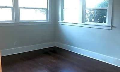 Living Room, 5601 Virginia Ave, 2