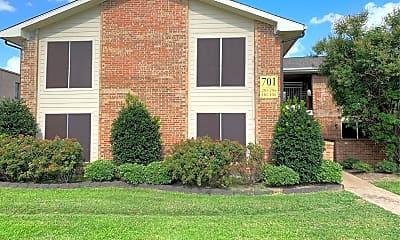 Parkway Villas Apartments, 1