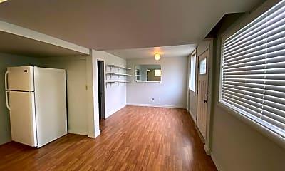 Living Room, 3012 21st Ave S, 1