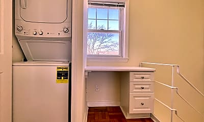Kitchen, 128 Sherman Rd, 2