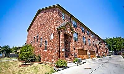 Building, 1305 Halcyon Pl, 2