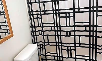 Bathroom, 1569 Cathell Rd, 2