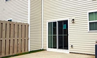 Building, 415 Huntingdale Pl, 2