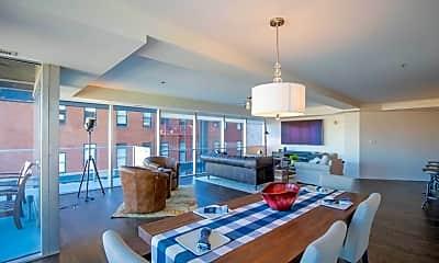 Living Room, 701 W Lakeside Ave 501, 1