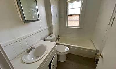 Bathroom, 3753 E 144th St, 2
