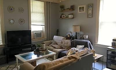 Living Room, 1811 N Warren Ave, 1