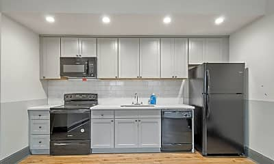 Kitchen, Room for Rent - Central City Home in Crawfish Town, 1