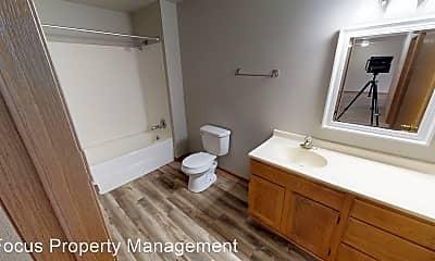 Bathroom, 1684 Huckleberry Ave., 2