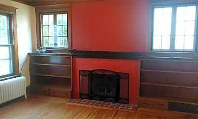 Living Room, 306 S 3rd St, 1
