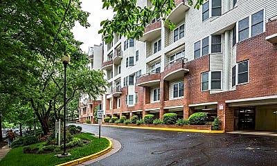 Building, 301 S Reynolds St 412, 0