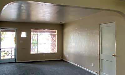 Living Room, 2539 E Roma Ave, 1