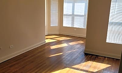 Living Room, 4846 S Michigan Ave, 0