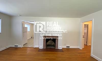 Living Room, 931 Lockland Ave, 1