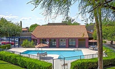 Pool, San Marin, 1