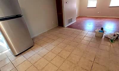 Living Room, 1430 Jackson St 2ND, 2