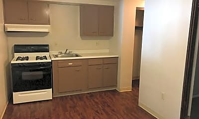 Kitchen, 706 Evergreen Rd, 1