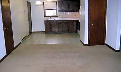 Van Deene Manor Apartments, 2