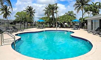 Pool, Spinnaker Landing, 1