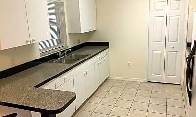 Kitchen, 2421 Omaha Dr, 1