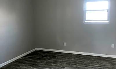 Bedroom, 152 S Munn Ave, 2