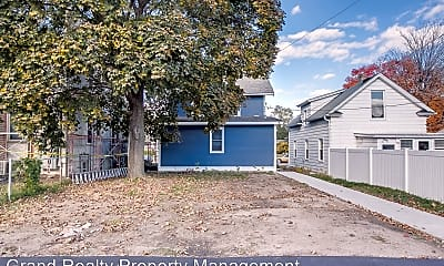 Building, 1622 Carroll Ave, 2
