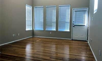 Living Room, 201 Inverness Dr, 1