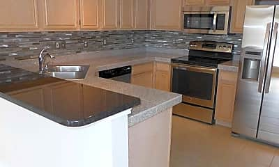 Kitchen, Walnut Square Townhomes, 2