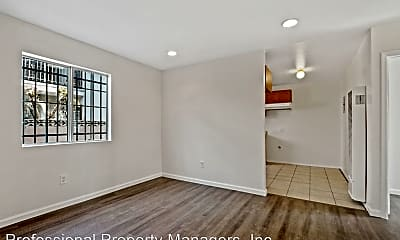 Living Room, 820 W 79th St, 1