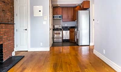Living Room, 562 Hudson St, 1