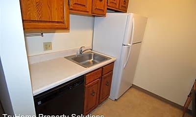 Kitchen, 2511 Knight Dr, 1