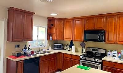 Kitchen, 4060 Watkins Dr, 1