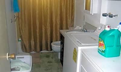 Bathroom, 780 W 1200 N, 2