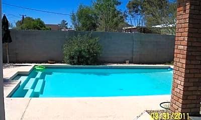Pool, 1701 W Weldon Ave, 2