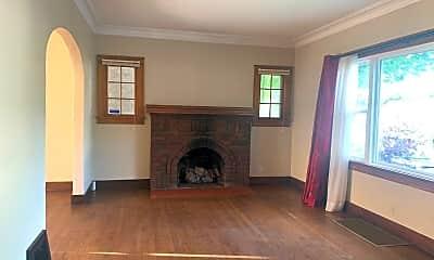 Bedroom, 124 Auburn Ave NE, 1