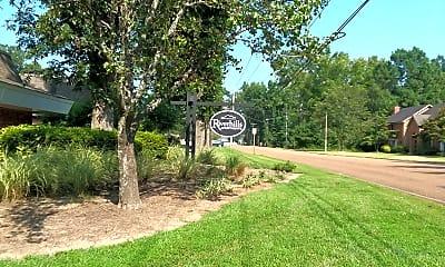 Riverhills Apartments, 1