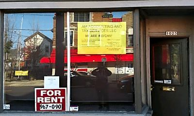 Community Signage, 1023 E Brady St, 0