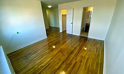 Living Room, 81 Beacon Hill Dr 8C, 0