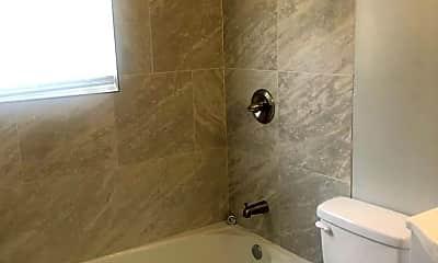 Bathroom, 529 E. 7th St., 0