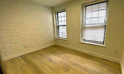 Living Room, 147 Duane St, 2