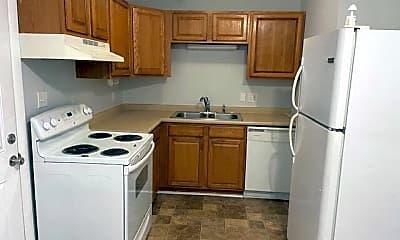 Kitchen, 727 Montclair Dr, 1