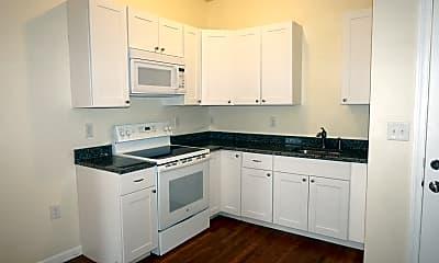 Kitchen, 2 Lafayette Square, 0