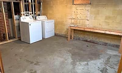 Kitchen, 2335 5th St, 2
