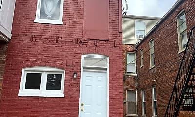 Building, 154 Lafayette St, 2