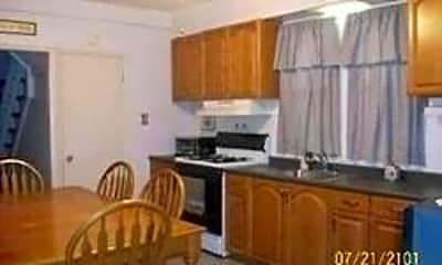 Kitchen, 2748 Wilson Ave, 1