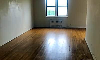 Living Room, 530 E 234th St, 2